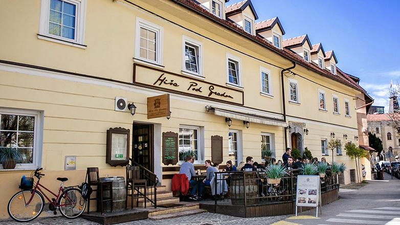 Hiša pod gradom Ljubljana